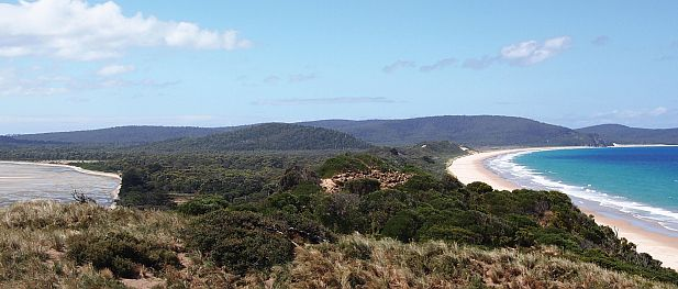 The Neck - Adventure Bay (left), Simpsons Bay (right)