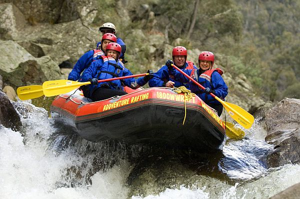 Whitewater rafting on the Mitta Mitta River