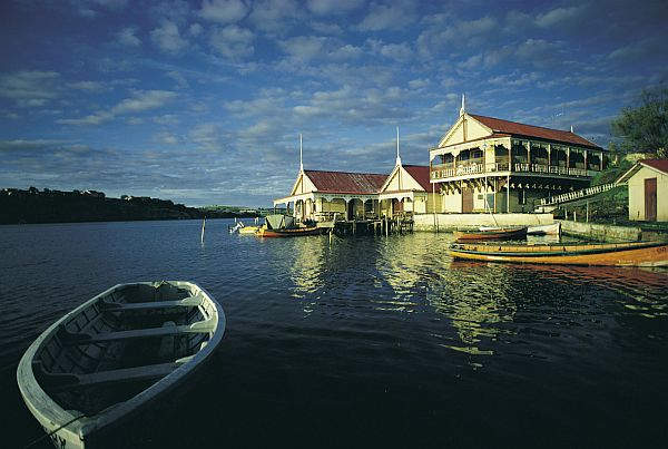 Hopkins River Boathouse - Warrnambool