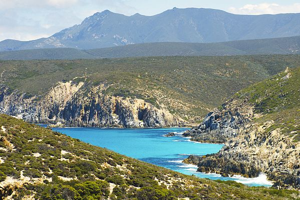 Mid Mount Barren from Quoin Head in Fitzgerald River National Park