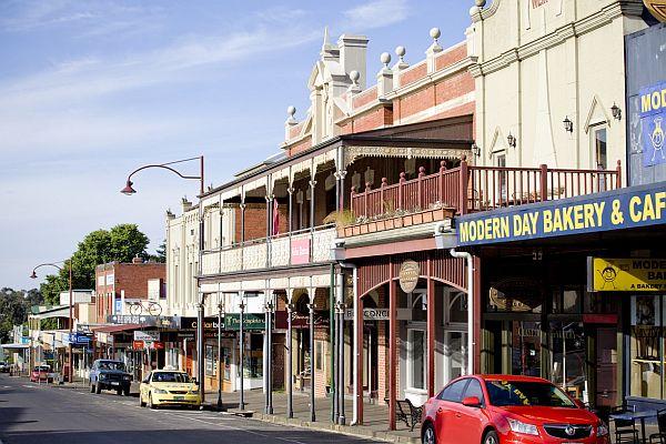 Daylesford main street